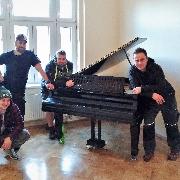 Stěhování klavíru